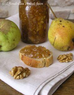 Les petites poires toutes vilaines mais délicieuses du jardin de ma grand-mère, des pommes tombées de l'arbre, quelques saveurs d'automne... et une nouvelle confiture ! Some unattractive yet delicious pears from my grandma's garden, apples fallen from...