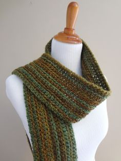 Free Crochet Pattern...Wise Oak Ribbed Scarf