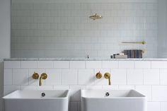 Vackra badrum i våningen på Södermalm