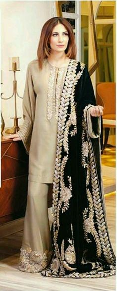 like the color combination of this silk kurta n black heavy dupatta n also detailing on plazo pant Pakistani Wedding Outfits, Pakistani Dresses, Indian Dresses, Indian Outfits, Stylish Dresses, Casual Dresses, Fashion Dresses, Casual Wear, Desi Clothes