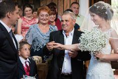 Nunta Catolica Campulung - Nunta Evenimentul Visat | FotoTime -Fotograf nunta Lace Wedding, Wedding Dresses, Posts, Blog, Photography, Fashion, Bride Gowns, Wedding Gowns, Messages