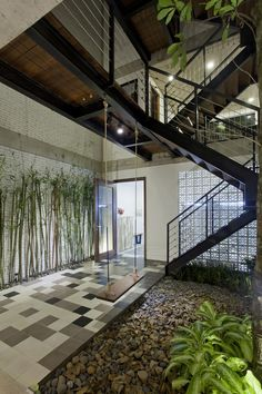 Gallery of B House / i.House Architecture and Construction - 6 - B House,© Le Canh Van, Vu Ngoc Ha - Patio Interior, Interior And Exterior, 2 Bedroom House, Urban Loft, Tropical Houses, Renting A House, My Dream Home, Interior Architecture, My House