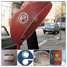 Empresa telefonica ENTEL.  Cospeles y cabina de teléfono de los años '80.