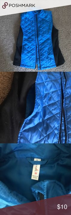 SALE!! Thermal puffy blue and black vest Super cozy and comfy size M women's thermal puffy vest. Blue with black lining and pockets Jackets & Coats Vests
