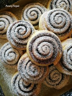 Twisted Recipes, Food Videos, Breakfast Recipes, Food And Drink, Sweets, Snacks, Baking, Cakes, Products