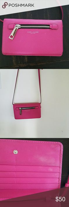 Marc Jacobs wallet crossbody I've used the bag only a couple of times. It is in great condition but has some marks on the inside. Marc Jacobs Bags Crossbody Bags