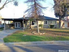 1205 Woodman Way, Modesto, CA 95350. This single family home build in 1949 is listed for sale at $127,000.00.