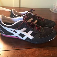 Asics sneaker Super cute black and hot pink Asics sneakers. US size 10, but they seem to run slightly bigger, like a size 10.5 US. In very good condition. asics Shoes Athletic Shoes
