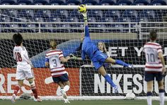 United State's Hope Solo deflects a shot against China during the second half of a international friendly soccer match at Ford Field in Detroit, Saturday, Dec. Hope Solo, Soccer Goalie, Soccer Players, Girls Playing Football, Usa Goals, Real Madrid, Ford Field, Soccer Highlights, Christian Pulisic