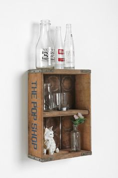 Loving this vintage recreation of a soda pop crate, this is exactly what my master bath needs!