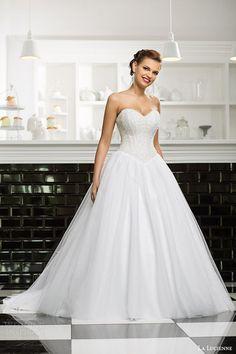 Ayu Dyah Andari Wedding Dress Fashion I Hijab Wedding Dresses