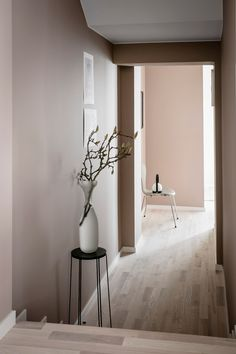 Cashmere, Senses, Warm Blush and Bordeaux from Jotun - carefully chosen colors by Sarah Widman, Evalotta Sundling and Elin Kickén for Alvhem. Decor, Minimalism Interior, Interior, Home, White Furniture, Color, Wall Colors, Cashmere Kitchen, Wall Color
