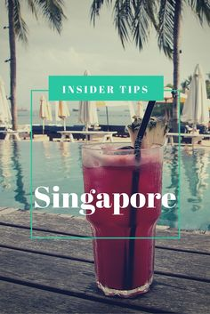 Singapore sling on Sentosa Island    Blog post: Singapore - Insider tips from a local   Travel on Toast Luxury Travel Blog