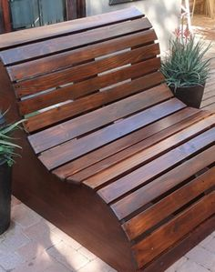 BUILD AN EASY LOUNGE- You don't have to be a seasoned DIYer to craft these stylish outdoor loungers. It's the start of summer and it's time to make use of the great outdoors. Transform your backyard into an escape with these easy hacks.