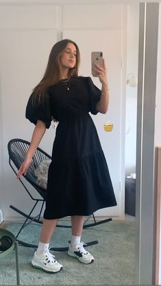 India Fashion, Midi Skirt, That Look, Fashion Outfits, My Style, Skirts, Model, Ig Story, Art Studies