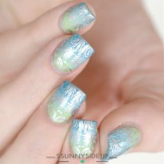 """ssunnysideup: [REVIEW] Liquid Peel Off Tape bornprettystore baroque stamping nail art  Items used:   essence colour & go """"150 upper green side"""" essence colour & go """"128 let's get lost"""" essence the gel nail polish """"39 blue bubble di blue"""" b.pretty """"5 inchromnia"""" JQ-15 stamping plate"""