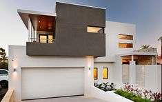 architecture Street-facade-of-the-beautiful-aussie-home-with-ample-parkin