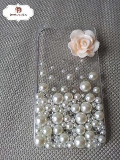 Girly Phone Cases, Diy Phone Case, Iphone Phone Cases, Diy Crafts Hacks, Diy Home Crafts, Craft Stick Crafts, Diy Mobile Cover, Pearl Crafts, Origami Mobile