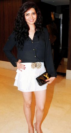 Karishma Tanna, a bold dresser. #Style #Bollywood #Fashion #Beauty #Sexy