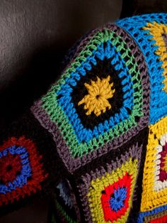 omⒶ KOPPA - Colorful Screen coat - sleeve