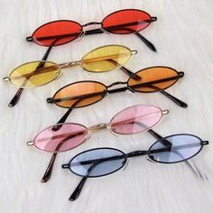 "Shop von ""Cyberspace Shop"" - Depop - eyewear-●●- look - Glasses Cute Sunglasses, Cat Eye Sunglasses, Round Sunglasses, Sunglasses Women, Sunnies, Vintage Sunglasses, Cute Jewelry, Jewelry Accessories, Fashion Accessories"