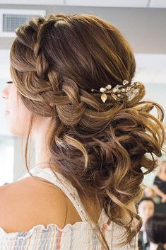 Greek Wedding Hairstyles For The Divine Brides ❤ See more: http://www.weddingforward.com/greek-wedding-hairstyles/ #weddingforward #bride #bridal #wedding