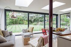 Modern living room by Nic Antony Architects Ltd. https://www.homify.co.uk/ideabooks/35229/the-ultimate-modern-family-home