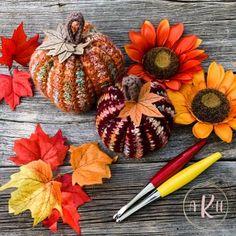 Autumn Harvest Pumpkin - A Knotty Habit Designs Crochet Fall, Holiday Crochet, Free Crochet, Pumpkin Uses, Cute Pumpkin, Small Pumpkins, Mini Pumpkins, Crochet Pumpkin Pattern, Pumpkin Patterns