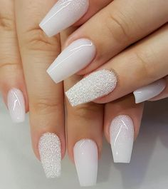 White nail art designs have always been popular with women, because white represents purity. White nails look simple and beautiful, but also gorgeous. Adding a little embellishment to a simple white paint will give you a more fashionable appearance. Pink Nails, Glitter Nails, Gel Nails, Nail Polish, Coffin Nails, Color Nails, Matte Nails, Nail Glitter Design, Glitter Face