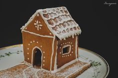Mézeskalács házikó Gingerbread, Nutrition, Advent, Foods, Weihnachten, Food Food, Meals