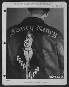 Bomber Jacket Art: See U. Air Force Pilots Personalized Nose Art on Their Flight Jackets During World War II Rockabilly, Leather Flight Jacket, Leather Jackets, Painted Leather Jacket, Airplane Art, Paris Mode, Fancy Nancy, Painting Leather, Nose Art