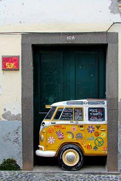 The painted doors of Old Funchal, Madeira island, Portugal Funchal, Cool Doors, Unique Doors, My Home Design, Vw Bus, Volkswagen Transporter, Painted Doors, Door Knockers, Closed Doors