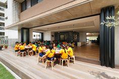 REFEITÓRIO + COZINHA Galeria de Berçário e Jardim de Infância Hanazono / HIBINOSEKKEI + Youji no Shiro - 20