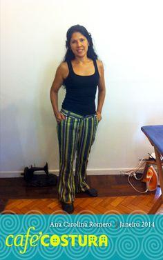 Tecido africano, para uma calça bem brasileira da Ana Carolina Romero.