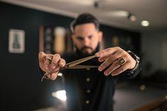 Barber Shop Pictures, Barber Man, Barbershop Design, Surf Outfit, Senior Photography, Hair Designs, Bearded Men, Hairdresser, Business Women