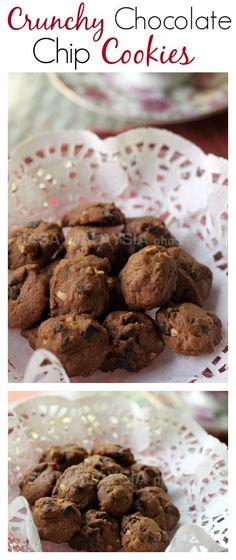 Crunchy Chocolate Chips Cookies just like Famous Amos. Try this easy and amazing recipe | http://rasamalaysia.com