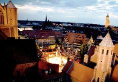 eCard: Das Burgplatz-Open-Air in Braunschweig.
