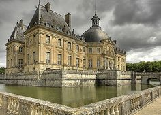 The Château de Vaux-le-Vicomte is a baroque French château located in Maincy, near Melun, 55 km southeast of Paris in the Seine-et-Marne département of France. It was built from 1658 to 1661 for Nicolas Fouquet, Marquis de Belle Île, Viscount of Melun and Vaux, the superintendent of finances of Louis XIV.