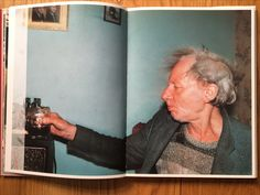 'Ray's a Laugh' by Richard Billingham.