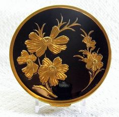 Vintage Powder Compact, Goldtone and Enamel with Floral Design, 3.5 Inches in Diameter, Not Marked with Manufacturer's Name.