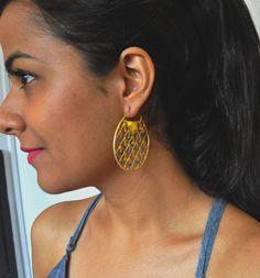 Lisa Mesh Hoop Earring