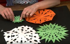 Snowflakes in summer? You betcha. With a little supervision, a pair of scissors and some paper your kids can have a heap of fun turning their room, or your lounge into a winter wonderland in time for Christmas day :o)  https://www.youtube.com/watch?v=McRM2dvfWX0