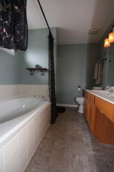 Bathroom Color Ideas #Illinois #RealEstate #Bathroom #HouseforSale