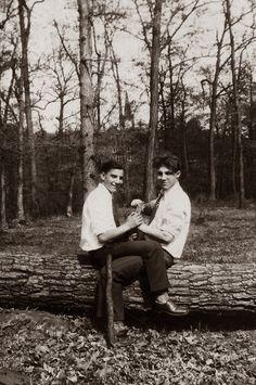 Lavelle pa single gay men