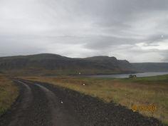 Islande: Pluie et,vent route 590, menant de GILSFJORDUR à KOLLAFJORDUR