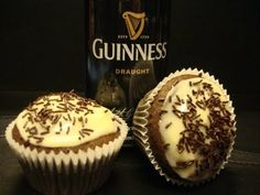 Guinness cupcakes with Bailey's Irish Cream frosting...might have to make these for St Patrick's Day