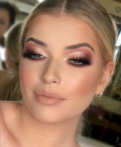 Hair Makeup Wedding Make Up Ideas Wedding Makeup Tips, Wedding Makeup Looks, Prom Makeup, Bridal Makeup, Hair Makeup, Wedding Nails, Makeup Lipstick, Makeup Goals, Makeup Inspo