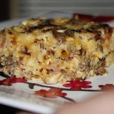 Amish Breakfast Casserole Recipe- I added some green pepper and sauteed mushrooms. It was, hands down, the BEST breakfast casserole I've ever made. What's For Breakfast, Christmas Breakfast, Breakfast Dishes, Breakfast Recipes, Christmas Morning, Bacon Breakfast, Breakfast Options, Amish Breakfast Casserole Recipe, Casserole Recipes