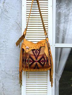 #Pendletonleatherbag #southwestleatherbag #boholeatherbag Southwestern Pendleton Handbag Distressed Finish Elk Leather