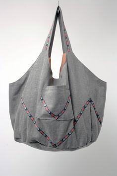 6fcf532c44 sac besace XXL en lin gris et galon chevron : Sacs bandoulière par  gwaelonna Sac Besace